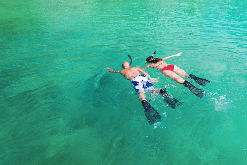 carabao island snorkelling